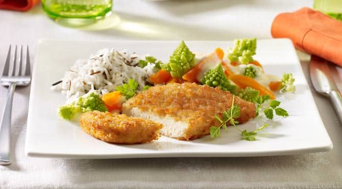 Valess Valess Schnitzel mit Romanesco-Möhren-Gemüse, Zitronen-Rahmsoße und Wildreismischung